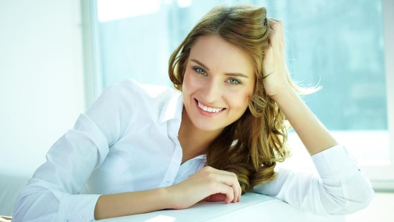 Woman | Painless gum disease treatment
